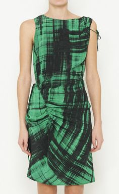 Thakoon ~ emerald Want to keep my eyes open for a similar print, especially if I can find it in Emerald!