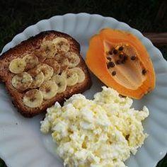 A imagem pode conter: comida Healthy Breakfast Snacks, Healthy Menu, Healthy Diet Recipes, Low Carb Recipes, Breakfast Recipes, Healthy Eating, Sports Food, Love Food, Food And Drink