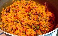 Arroz con Gandules – Rice & Pigeon Peas, A Puerto Rican Feast for Fawn - Mexican dishes Rice And Pigeon Peas, Rice And Peas, Mexican Food Recipes, Dinner Recipes, Ethnic Recipes, Dinner Ideas, Mexican Dishes, Drink Recipes, Vegetarian Recipes