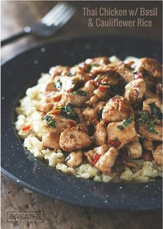 Thai chicken with basil and cauliflower rice! Salty, spicy, tangy, sweet, and with a punch of fresh basil - this low carb recipe has all the flavors of your favorite Thai takeout without the sugar and (Whole 30 Recipes Low Carb) Low Carb Chicken Recipes, Paleo Recipes, Asian Recipes, Low Carb Recipes, Cooking Recipes, Ethnic Recipes, Recipe Chicken, Fish Recipes, Delicious Recipes