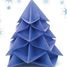 """happydappybits: """" I don't know about you, but I love origami! My fiancé is Korean so I often receive little animals and things made out of paper. This Christmas Tree is an origami model by. Diy Origami, Origami Tree, Origami Modular, Origami Christmas Tree, Origami Ornaments, Origami And Kirigami, Christmas Crafts, Christmas Trees, Xmas Tree"""