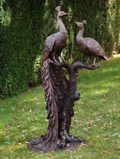 Noble bronze figure with peacock - Pfauenpäarchen