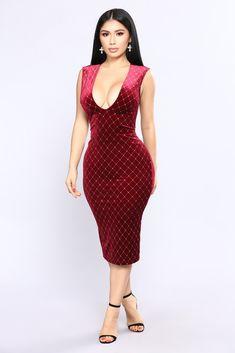 That Spark Velvet Dress - Burgundy