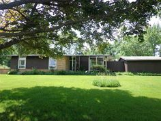 2542 Laundale Dr  Beloit , WI  53511  - $69,900  #BeloitWI #BeloitWIRealEstate Click for more pics