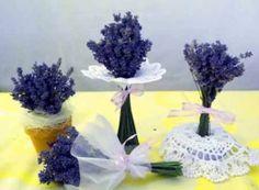 Sušené květy jako dárek - hobby - Životní Styl Desserts, Pictures, Tailgate Desserts, Deserts, Postres, Dessert, Plated Desserts