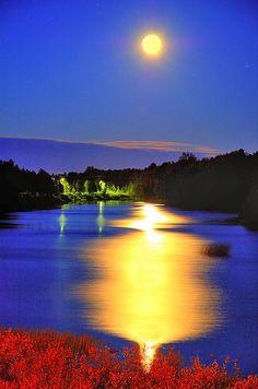 ✯ Beautiful Moonlight