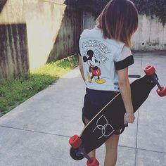#MelitaToniolo Melita Toniolo: #mickey #mouse Skate @skateology.factory Look @aniyeby ✌️