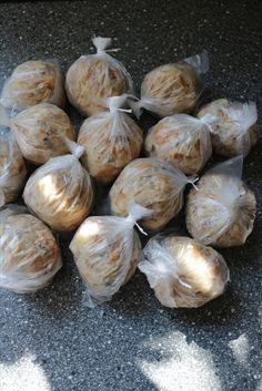 Semmelknödel aus alten Brötchen und Brot auf Vorrat im Kochbeutel #selbstgemacht #rezept #clevereIdee #schnell #lecker #aufVorrat #resteverwertung