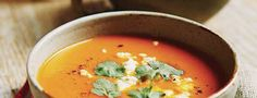 Potage de Légumes D'automne et Pommes Rôtis Thai Red Curry, Fruit, Ethnic Recipes, Food, Cream Soups, Gourd, Food Recipes, Meal, The Fruit