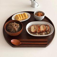 𝓉𝒽𝒾𝓇𝓈𝓉𝓎𝓀𝑜𝑜𝓀𝒾𝑒 ♕ - Videolu Tarif - World Food & Recipes Dessert Drinks, Dessert Recipes, Food Porn, Good Food, Yummy Food, Food Goals, Cafe Food, Aesthetic Food, Korean Food