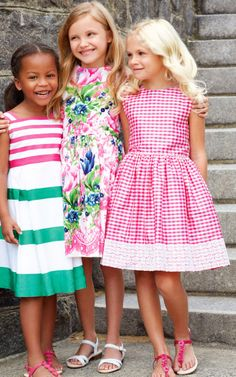 Oscar de la Renta Childrenswear Spring/Summer 2014 Trunkshow Look 1 on Moda… Little Girl Fashion, Little Girl Dresses, Girls Dresses, Dresses Dresses, Party Dresses, Fashion Week, Kids Fashion, Fashion Spring, Look Girl