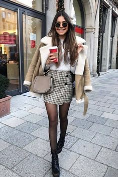 7 winter looks with skirt + tips for wearing on cold days - Winter Street Style - Winter outfits cold - Trend Fashion, Winter Fashion Outfits, Fall Winter Outfits, Autumn Fashion, Girl Fashion, Christmas Outfits, Winter Clothes, Womens Fashion, Winter Dresses