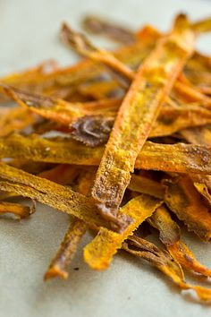 Curried Baked Carrot Chips - but try them dehydrated  for food storage