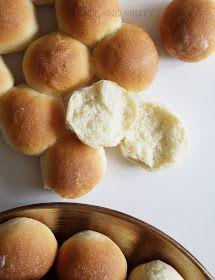 COOL & MINTY: MINI BUŁECZKI IMPREZOWE Mini Hamburger, Bread Rolls, Nutella, Peach, Fruit, Breads, Drink, Food, Kids