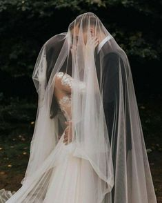 🌹 Beautiful Wedding Photos 🌷 Romantic Bride & Groom P. - 🌹 Beautiful Wedding Photos 🌷 Romantic Bride & Groom P. Romantic Wedding Photos, Wedding Poses, Wedding Photoshoot, Wedding Dresses, Romantic Weddings, Wedding Pictures, Wedding Dress Veil, Marriage Pictures, Bride Pictures