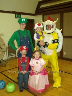 Cool Homemade Super Mario Family Costume ... This website is the Pinterest of costumes