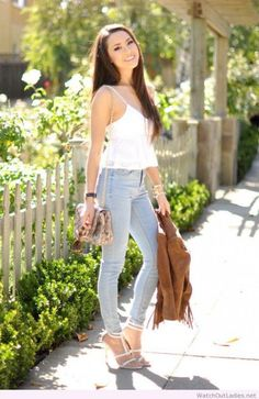 fca51b177c 30 Stunning Jeans Outfit Ideas Copy Right Now