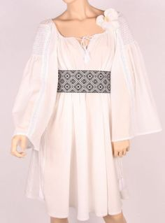 Dress Hijab Fashion, Fashion Outfits, Traditional Wedding Dresses, Embroidered Clothes, Folk Costume, Gorgeous Fabrics, Dress To Impress, Boho Chic, Summer Outfits