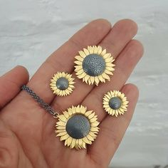silver and gold sunflowers by diana greenwood Statement Jewelry, Pearl Jewelry, Pendant Jewelry, Gemstone Jewelry, Silver Jewelry, Metal Jewellery, Silver Ring, Sunflower Necklace, Sunflower Jewelry
