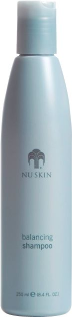 On day one, Nu Skin Clarifying Shampoo provides a deep clean without stripping the hair of natural moisturisers for renewed manageability. And by day seven, hair actually feels stronger. Nu Skin, Clarifying Shampoo, Moisturizing Shampoo, Beauty Skin, Health And Beauty, Best Skincare Products, Beauty Products, Feeling Weak, Natural Moisturizer