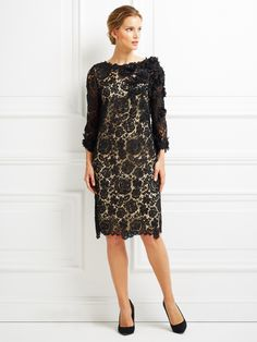 LONG SLEEVED LACE EMBELLISHEDLONG SLEEVED LACE EMBELLISHED