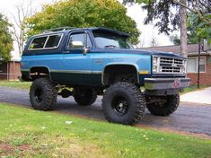 Check out latest 87BlueBeast 1987 Chevrolet Blazerin york, PA Photo Gallery and modification pictures at CarDomain