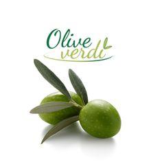 Dite la verità, anche voi avete sempre pensato che esistano olive verdi e olive nere. In realtà parliamo sempre dello stesso frutto, che in base al grado di maturazione, può diventare oliva verde o oliva nera. Proviamo a fare un pò di chiarezza... continua a leggere su: http://www.oliveverdi.it/ Be honest, you've always thought there's green olives and black olives. As a matter of fact they are different stages of ripeness of the same... Keep on reading on: http://www.greenolives.it/