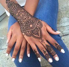 Amazing Advice For Getting Rid Of Cellulite and Henna Tattoo… – Henna Tattoos Mehendi Mehndi Design Ideas and Tips Tattoo Henna, Et Tattoo, Henna Mehndi, Mehendi, Lotus Tattoo, Tattoo Pain, Butterfly Tattoos, Tattoo Forearm, Tattoo Wolf