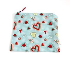"7"" x 6.5"" Zipper Reusable Snack or Sandwich Baggie lined with Nylon - Hearts"