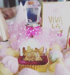 Minäkö keski-ikäinen?: Viva La Juicy Sucré Juicy Couture