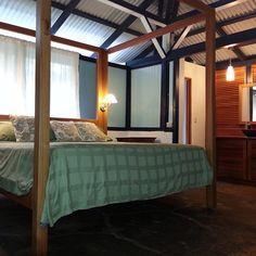 Our new room at @성아 오 is ready! Check it out @jen pastiloff  @TheTravelYogi  @Brigitte Kouba #nofilter #blueosa #yogaretreat #beachbreak #beachresort #beachyoga #beautifulspaces #costarica #osapeninsula