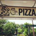 While it is a bit of a trip outside of KNoxville this os one of my favorite pizza joints!  Thin crust, NY style...yummmy!!  Big Ed's Pizzeria, Oak Ridge TN