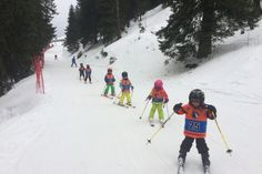 Afacerea include astăzi o școală de schi, dar și o divizie de evenimente corporate Mountain Biking