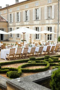 © M & J Photography - Wedding Dordogne - The married barefoot Outdoor Dining, Outdoor Spaces, Outdoor Decor, Patio Dining, Outdoor Seating, Dining Area, Parasols, Umbrellas, Gardens