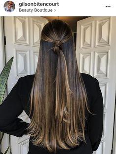 hair goals Pretty half up half down bun / knot. Ombré Hair, Lace Hair, Hair Dos, Blonde Hair Goals, Brunette Hair, Cabelo Ombre Hair, Balayage Hair, Bayalage, Front Hair Styles