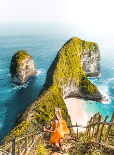 8 Things You Must Do in Bali, Indonesia Indonesia Travel Destinations Backpacking South America, Backpacking Asia, Places To Travel, Travel Destinations, Europe Places, Travel Things, Travel The World For Free, End Of The World, Bali Honeymoon