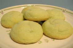 Pistachio Melt Aways. Photo by Deb's Recipes