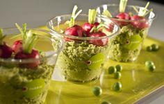 verrine petits pois ricotta Ricotta, Guacamole, Lunch, Restaurant, Fresh, Healthy, Ethnic Recipes, Food, Gourmet
