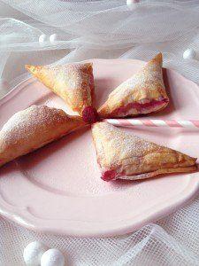 Fehércsokis-málnás táska French Toast, Cooking Recipes, Breakfast, Food, Morning Coffee, Chef Recipes, Essen, Meals, Eten