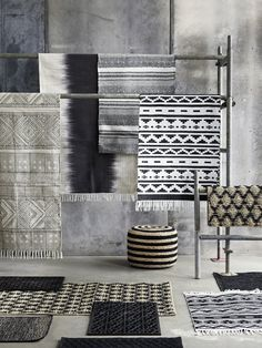 Beautiful Spring rug from Danish brand House Doctor. Combine it with the rest of the awesome House Doctor collection to create an unique look. House Doctor, House Dr, Deco Design Pas Cher, Ethno Design, Objet Deco Design, Interior Styling, Interior Design, Interior Rugs, Fabric Display