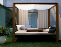 Romantic Outdoor Canopy Beds | public places outdoors design gardens terrace  | public places outdoors design gardens