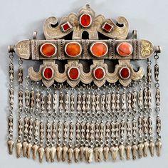 Uzbekistan, nomads silver jewellery...Qaraqalpaq ha'ykel. Courtesy Linda Pastorino