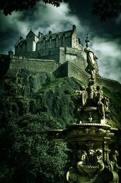 Edinburgh Castle Vintage look