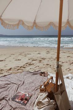 alexandra__sage with our stone beach umbrella and Amur leopard travel towel. Beach Aesthetic, Summer Aesthetic, Summer Feeling, Summer Vibes, Photography Beach, Color Photography, Travel Photography, Beach Umbrella, Travel Umbrella