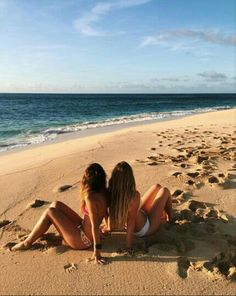 Cute Beach Pictures, Cute Friend Pictures, Best Friend Pictures, Beach Photos, Cute Photos, Shotting Photo, Beach Vibes, Summer Pictures, Beach Photography