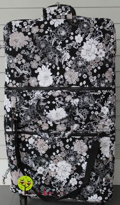 Fabric Garment Bag Tutorial. An adorable garment bag. Maybe for lovely sentimental items as well as everyday?