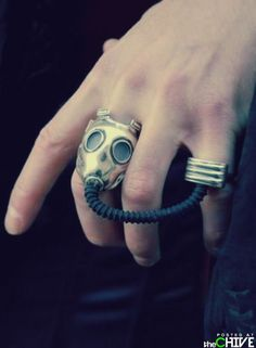 GAS MASK RING!!! No sure if I love it or hate it!