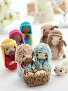 Decorazioni natalizie all'uncinetto: presepe amigurumi - DIY christmas crib in amigurumi • #DIY #christmas #crochet #idea #amigurumi