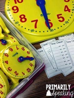 Time Checks are a great way to practice telling time throughout the day! Use these FREE slips to practice telling time using a. Math For Kids, Fun Math, Math Games, Math Activities, History Activities, Telling Time Activities, Teaching Time, Teaching Math, Teaching Ideas