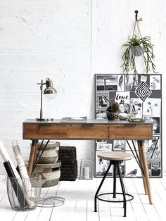 Industrial Work Office Desk Table Chair Stool Plant Green Indoor Style Warehouse Design Home Office Art White Clean Monochrome Modern French Style Homes, Home Office Decor, Warehouse Design, Interior, Workspace Inspiration, Office Interiors, European Home Decor, House Interior, Office Design